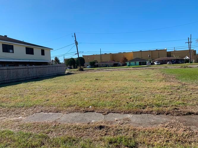1132 Tallow Tree Ln, Harvey, Louisiana
