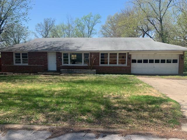 9921 Norbridge Lane, Saint Louis, Missouri