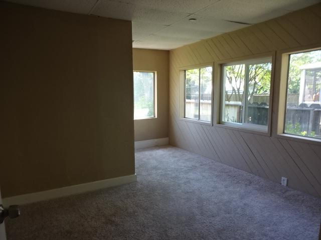236 W 21st St, Merced, California