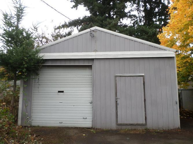 2341 Se 170th Ave, Portland, Oregon
