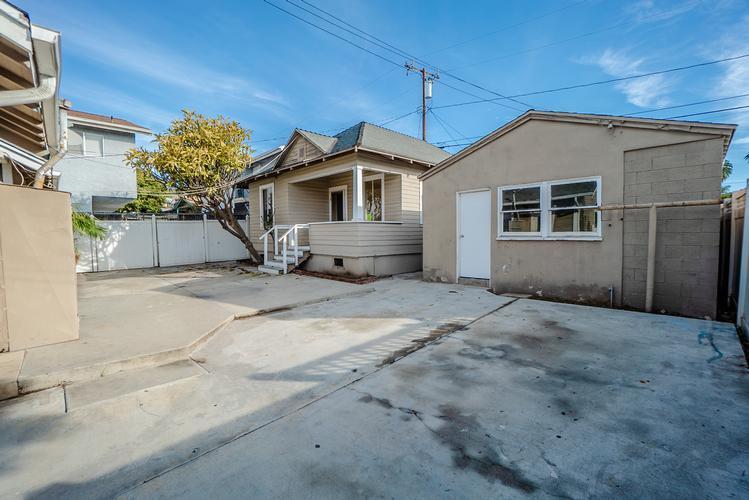 6036 6038 S Pickering Avenue, Whittier, California