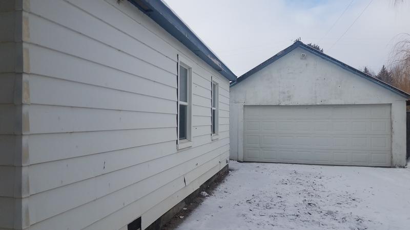 315 Louise, Arco, Idaho