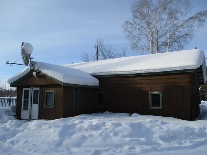 990 Dennis Road, North Pole, Alaska