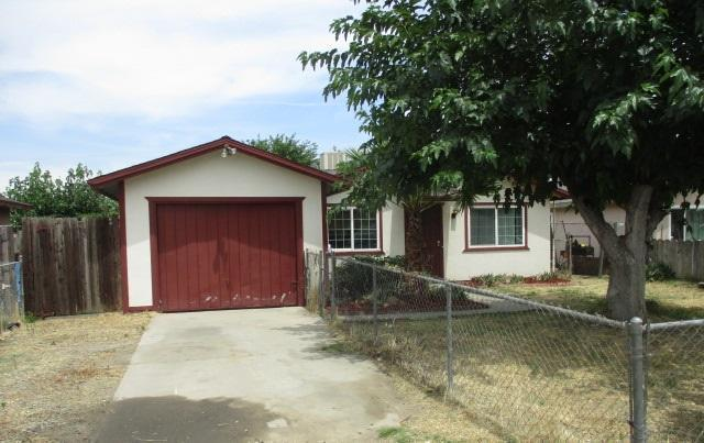 36466 Burke Dr, Traver, California