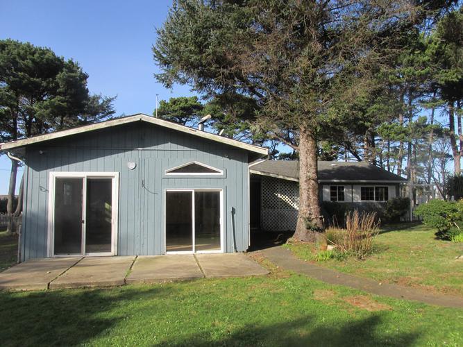 3855 Sw Fehrenbacher Drive, Waldport, Oregon