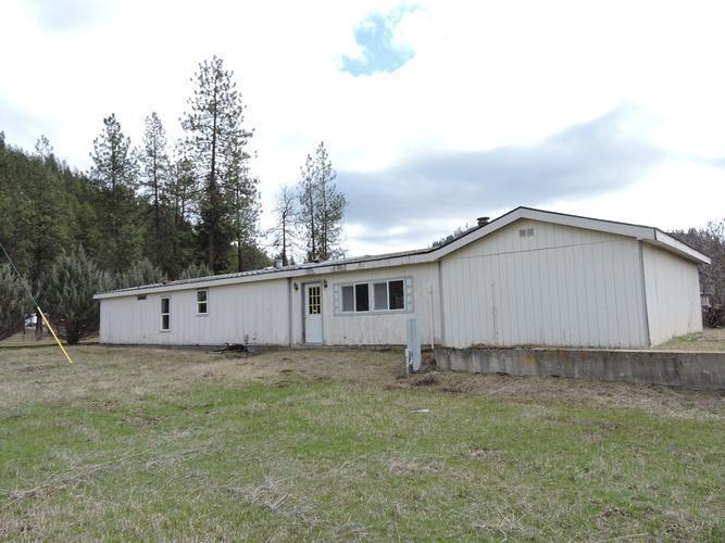 4594 Highway 231, Springdale, Washington