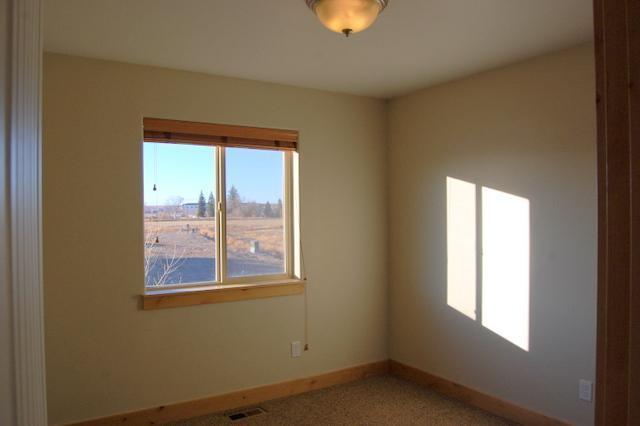 612 Sunrise Court, Sidney, Montana