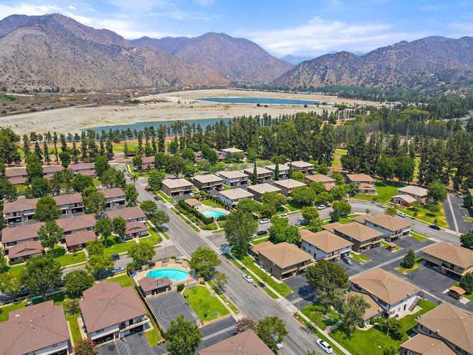 1103 W Calle Del Sol Apt 4 #4, Azusa, California