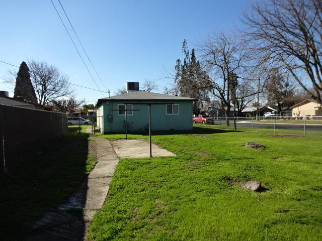 761 W 9th, Merced, California