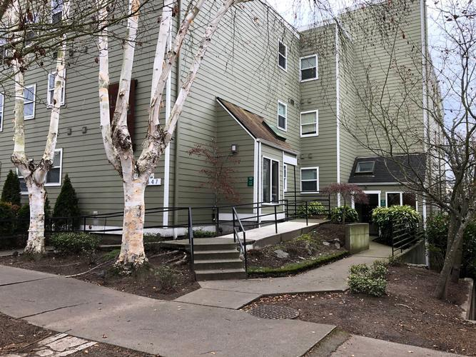 6547 42nd Ave Sw 402, Seattle, Washington