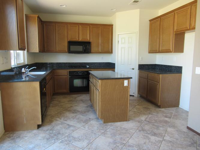 34376 Hillingdon Court, Winchester, California