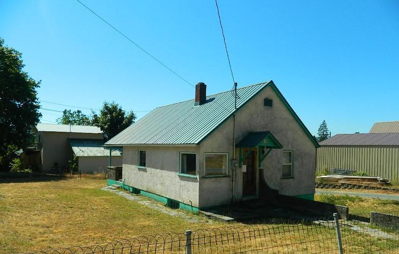 513 Wellington Place, Hope, Idaho