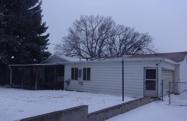 801 S 4j Road, Gillette, Wyoming