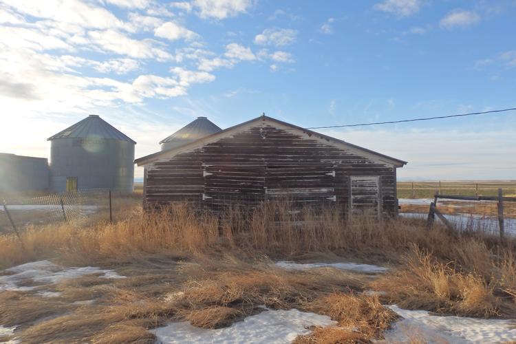 2520 E 6th Lane Ne, Brady, Montana