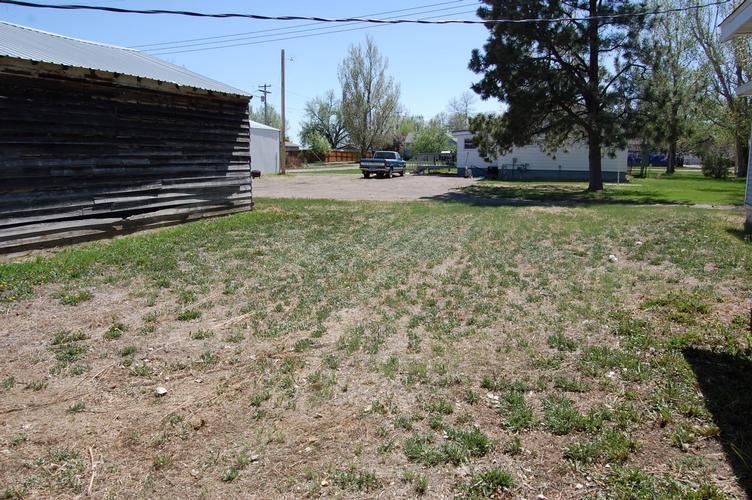 101 2nd Ave S, Savage, Montana