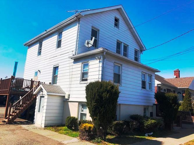 235 West St, South Hackensack, New Jersey
