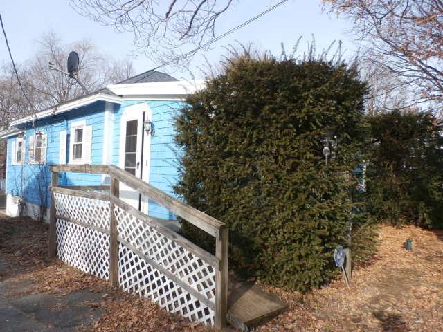 52 Howland St, Brockton, Massachusetts