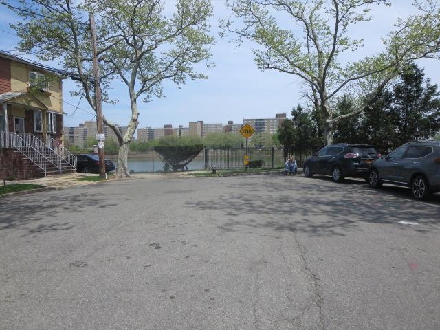 10839 Seaview Ave Apt 32a, Brooklyn, New York