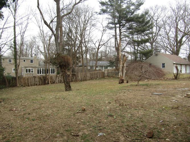 55 Cedar Dr, Huntington, New York