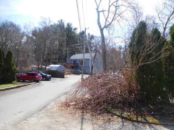72 Woodbine Avenue, Pembroke, Massachusetts