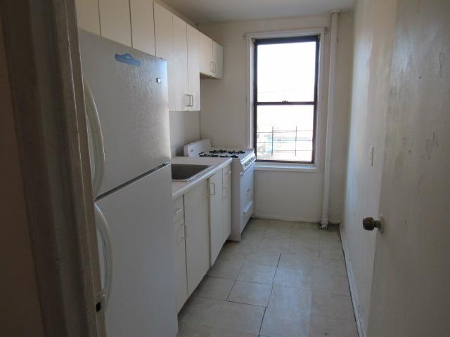 678 Warburton Ave Apt 2g, Yonkers, New York