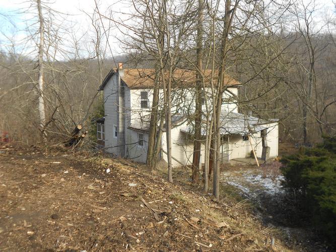 778 Dutch Hill Rd, Oakdale, Pennsylvania