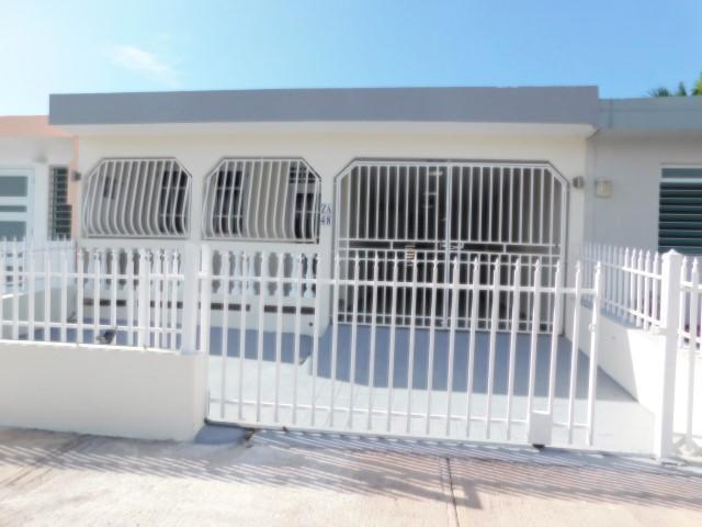 Neighborhood Riverview Za48 Calle 31, Bayamon, Puerto Rico