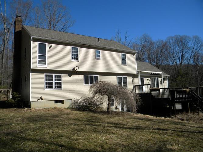 29 Little Bear Hill, New Milford, Connecticut