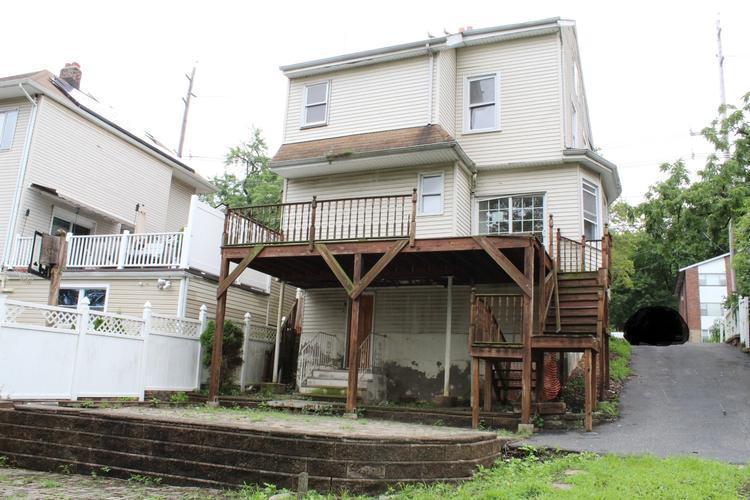 470 Grand Ave, Leonia, New Jersey