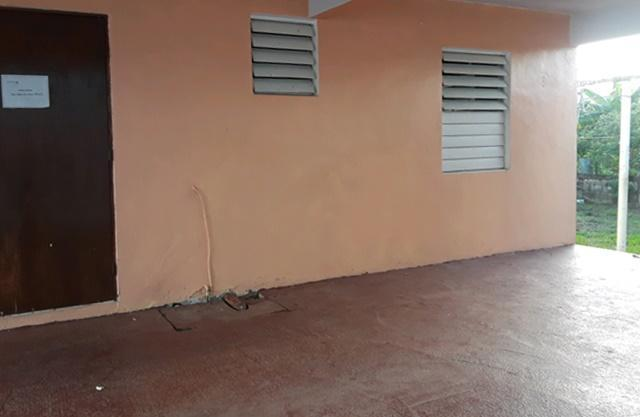 Comm Santana Ii Calle 22 475 1, Juncos, Puerto Rico