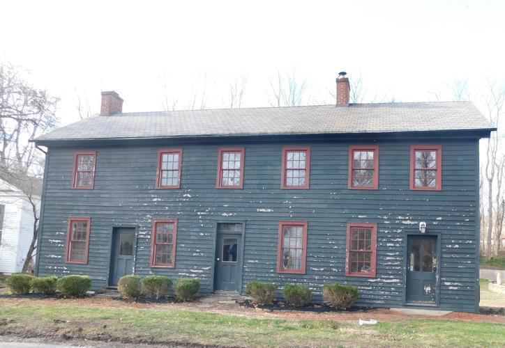 565 Spring Mills Road, Milford, New Jersey