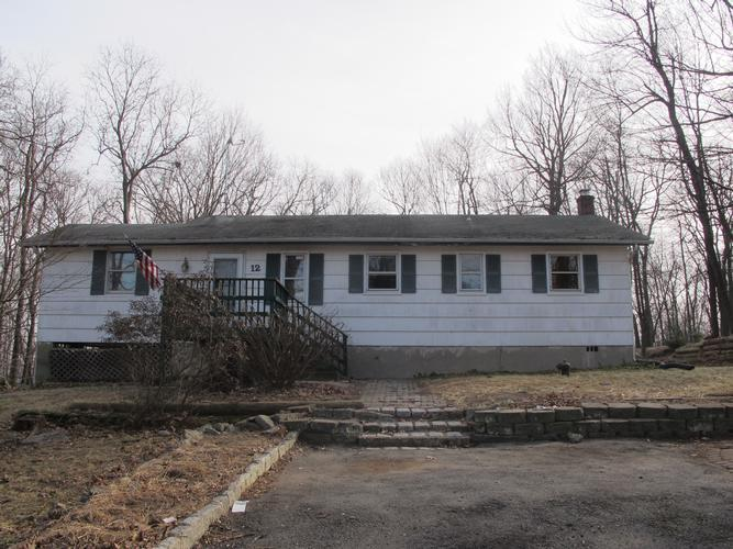 12 Evergreen Rd, Sussex, New Jersey