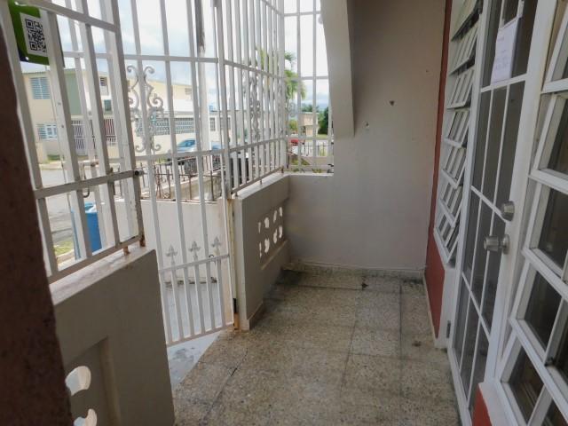 Reparto Valencia Dev Af 28 Calle 15, Bayamon, Puerto Rico