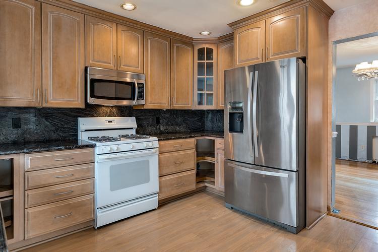 138 Stevens Ave, Cedar Grove, NJ 07009 - HomePath.com