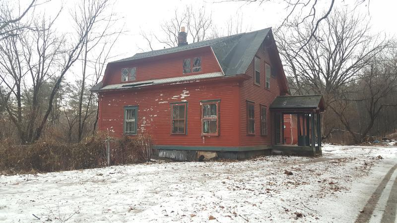 165 Sullivan St, Charlestown, New Hampshire
