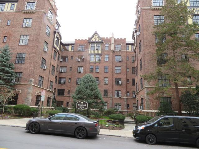 2 Westchester Ave Unit 4m, White Plains, New York
