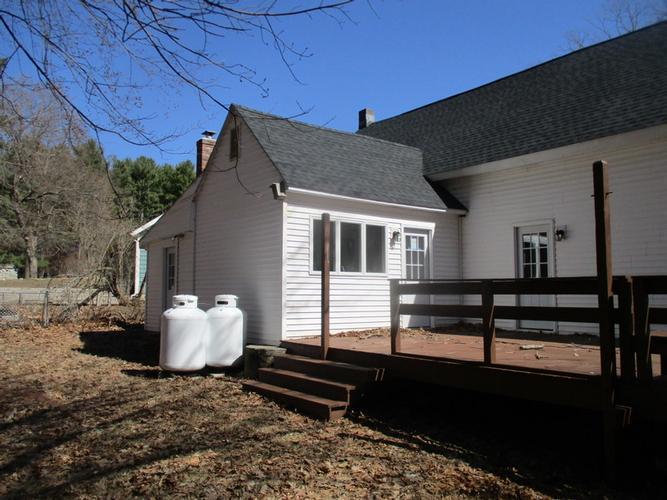 21 Holt St, West Boylston, Massachusetts