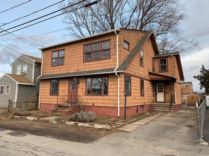 415 Ocean Grove Ave, Swansea, Massachusetts