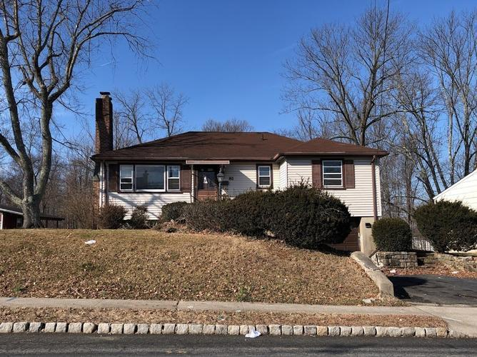 81 Fairfield Ave, West Caldwell, New Jersey