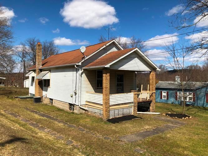 1263 Rt 68, Rochester, Pennsylvania