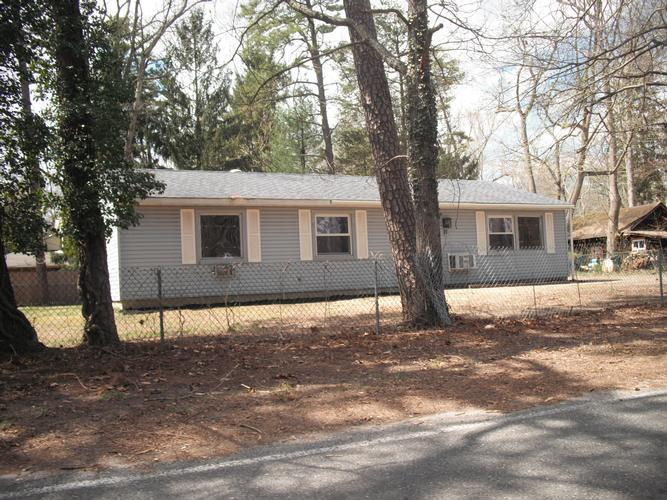 21 Clubhouse Rd, Browns Mills, New Jersey
