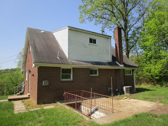 3755 Baxter Dr, New Kensington, Pennsylvania