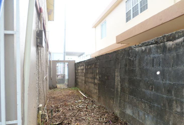 1619 Paseo Diana Urb Levittown, Toa Baja, Puerto Rico