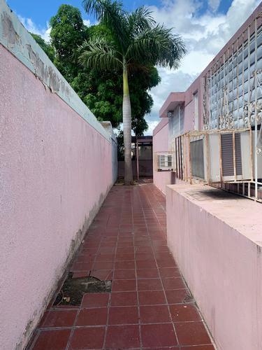 Urbanizacion Extension Santa Teresita 3 Cp Calle Principal, Ponce, Puerto Rico