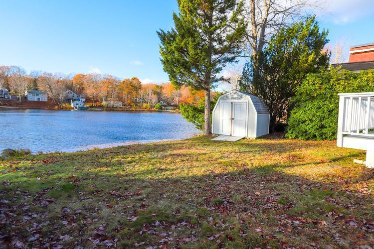 59 Lake Dr E, Westminster, Massachusetts