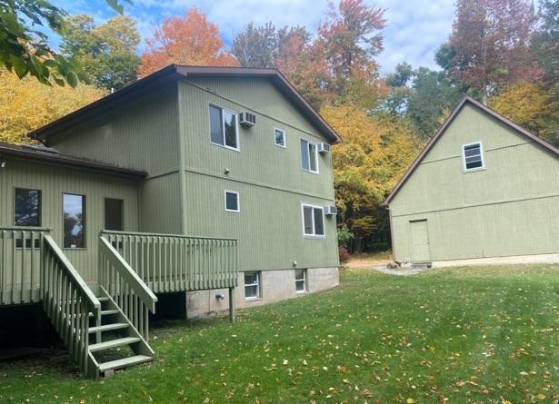 306 Stonebridge Rd, Union Dale, Pennsylvania