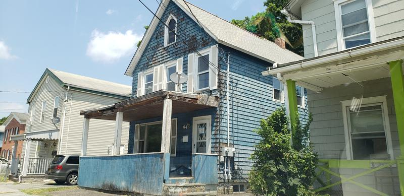 94 Ball St, Port Jervis, New York