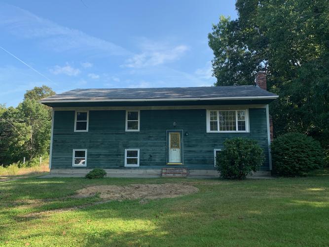 1582 Wheeler St, North Dighton, Massachusetts