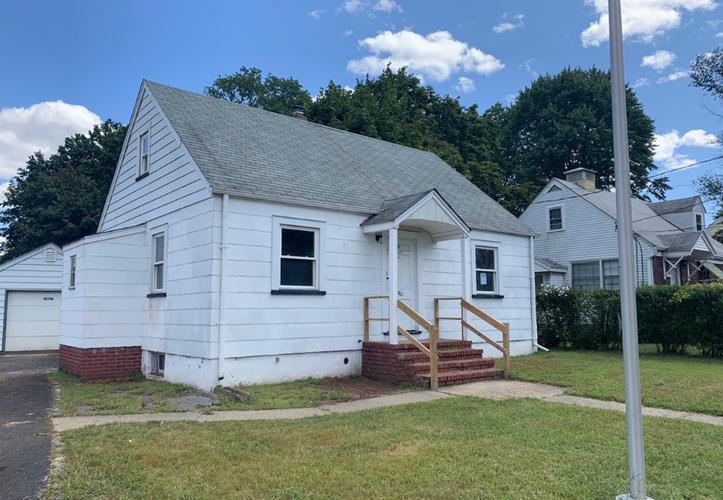1065 River Rd, New Milford, New Jersey