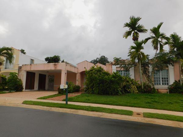 Urb Montehiedra Falcon St 41, San Juan, Puerto Rico